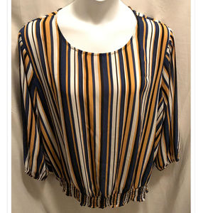 Size 22/24 Avenue Top Silky Striped